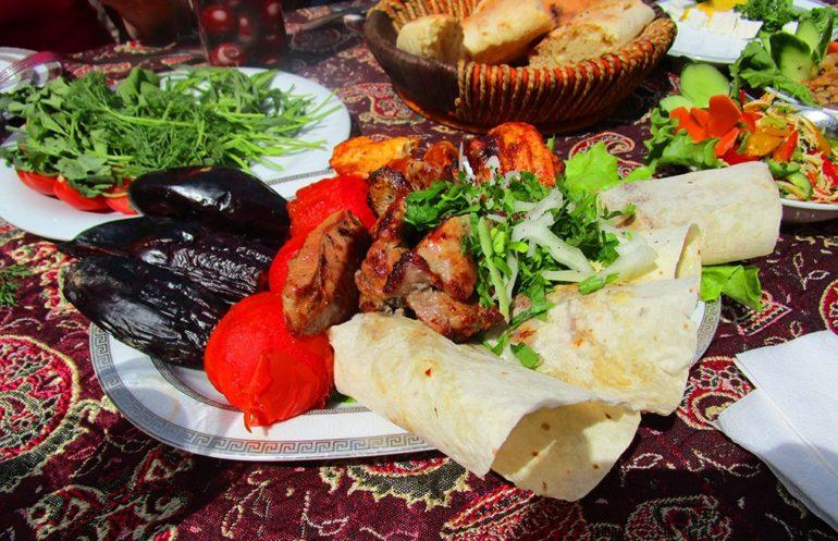 Фото: Едем и едим, гастрономический тур в Баку
